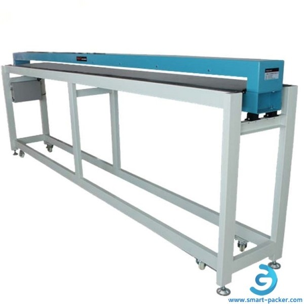 Large width conveyor transmission double side top bottom metal detector machine for clothing material food